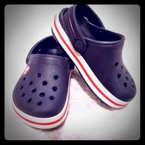 Crocs Crocband Kids' Clog | Navy with Red Stripe